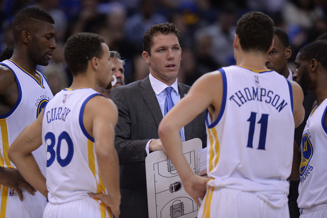 Golden State Warriors interim head coach Luke Walton coaches his players against the Denver Nuggets in the second quarter of their game at Oracle Arena in Oakland, Calif., on Friday, Nov. 6, 2015. (Jose Carlos Fajardo/Bay Area News Group)